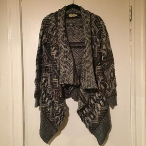 Urban Outfitters Drape Printed Sweater Size S